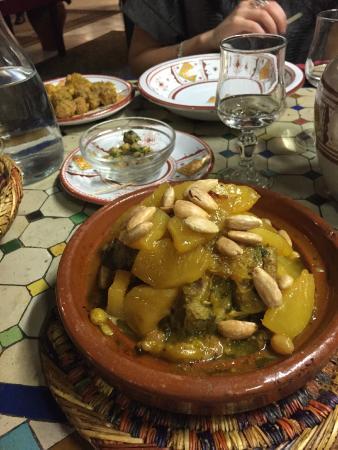 Tr S Bon Foto Di La Table Marocaine Istres Tripadvisor