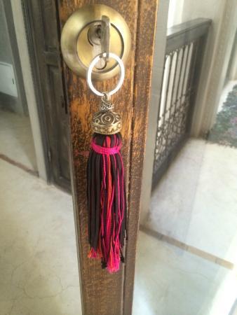 Riad Vanilla sma: Such beautiful keyrings