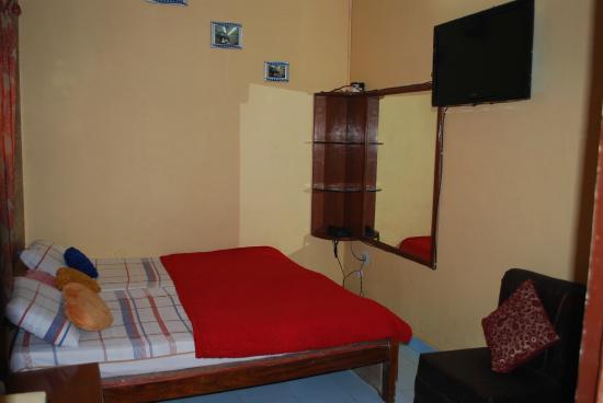 Hotel Rashmi: Non Ac Room