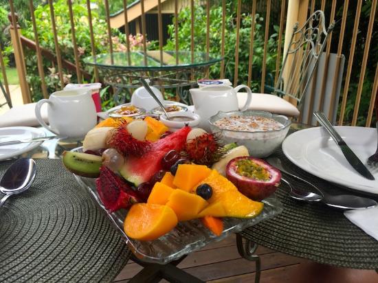 Classique Bed and Breakfast: breakfast