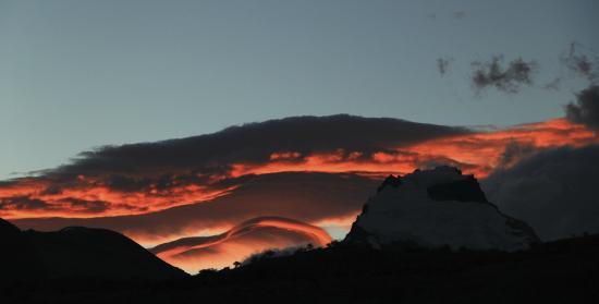 Road to El Chalten : Por do Sol em El Chalten