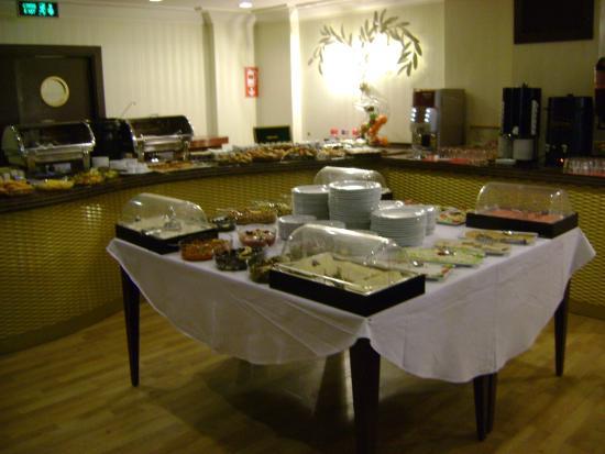 Susuzlu Atlantis Hotel: Frühstück