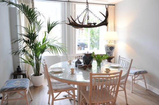 De Leydsche Hof: breakfast room