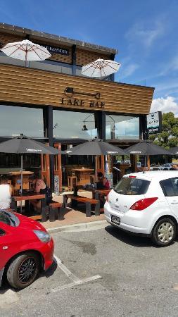 Lake Bar: lekker buiten zitten