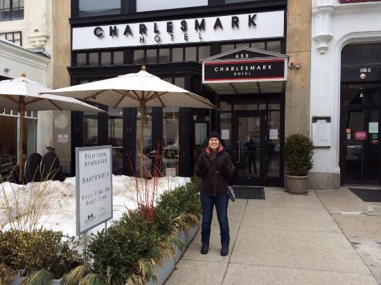 Charlesmark Hotel: Entrada do hotel