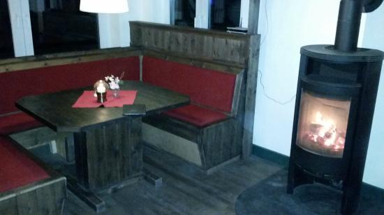 Hotel Spiegelburg: Dejlig varm pejs til aftenkulden