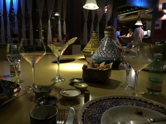 Farinatta Bistro & Arte: mesa