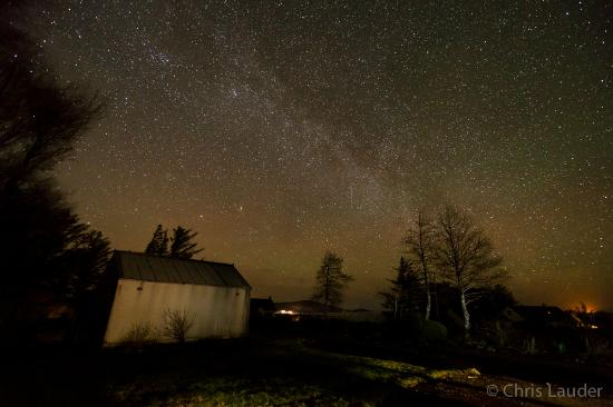 Laide, UK: Milky way visible from outside the house