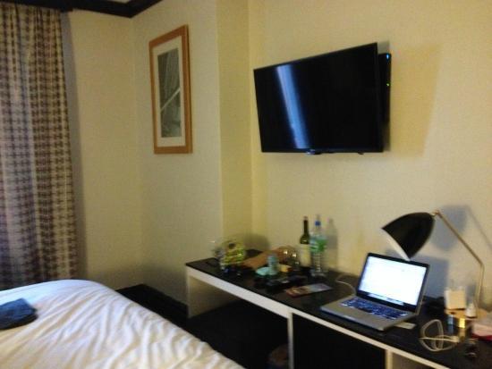 Adante Hotel : it has a little fridge