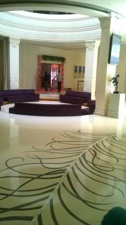 Barsana Hotel & Resort: Entrance