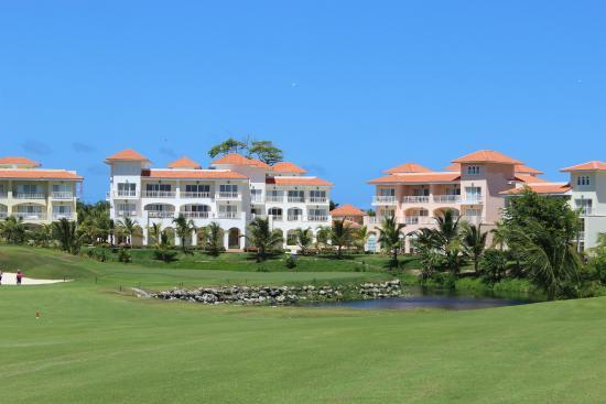 Iberostate Bavaro Golf & Club: Condos around 18th hole