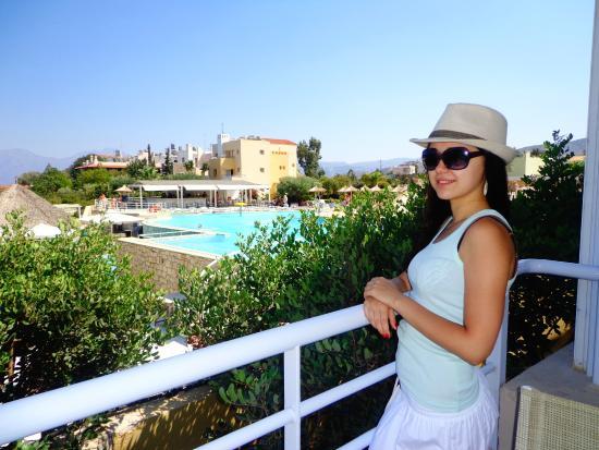Hotel Almiros Beach: вид из балкона