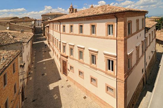 Palazzo Morichelli D'Altemps