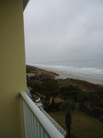 Jade Tree Cove Resort : looking north