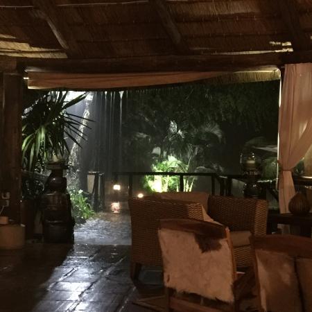 Mubanga Lodge: In a raining day! Nice place