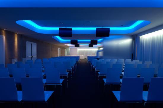 A Point Arezzo Park Hotel: Sale conferenza da 10 a 300 posti