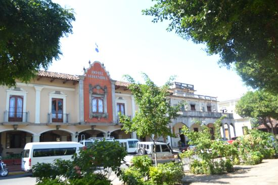 Hotel Alhambra: View of front of hotel