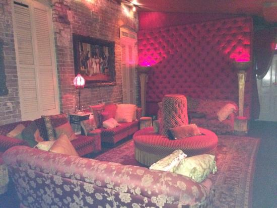 Seance lounge upstairs in Muriel\'s - Picture of Muriel\'s Jackson ...