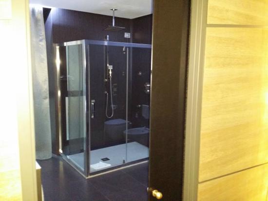 Berg Luxury Hotel: Bathroom
