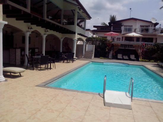 La piscine picture of hotel residence san marco kribi - Piscina san marco ...
