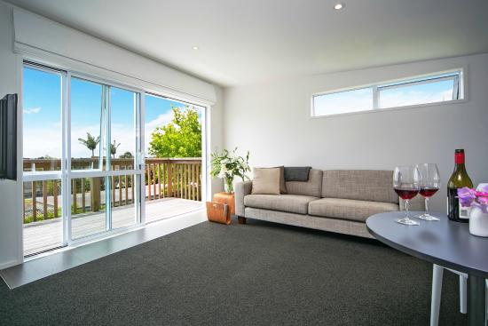 Kohimarama, New Zealand: Seaview Apartment Lounge