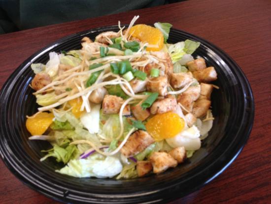 Corner Cafe: Chicken Oriental Salad
