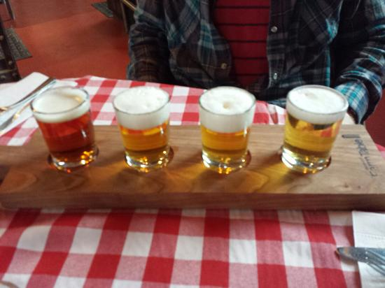 American Flatbread: Beer sampler