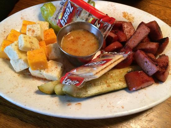 Sausage u0026 Cheese Plate & Sausage u0026 Cheese Plate - Picture of Memphis Barbecue Co. Horn Lake ...