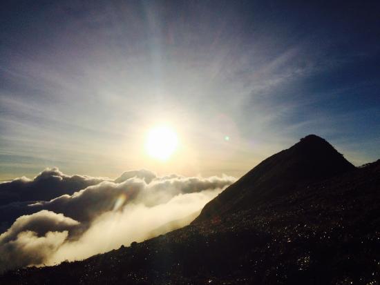 Mount Halcon: Summit
