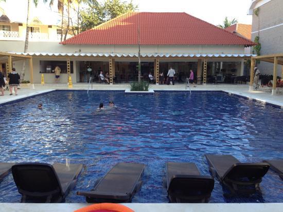 Dreams Palm Beach Punta Cana Preferred Club Pool
