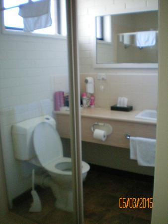 Burwood East Motel: Bathroom