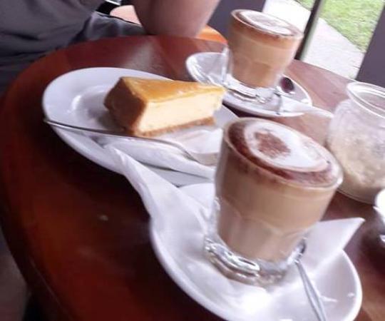 Bulaccino Cafe & Hemisphere Bar: Our order