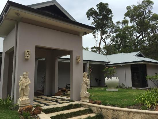 """""""Seclusions"""" of Yallingup : Impressive Frontage"""