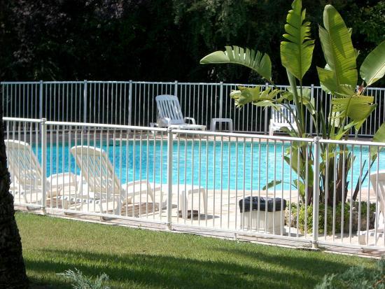 Campanile Cannes Ouest - Mandelieu: PISCINE