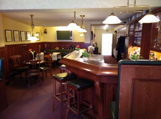 Hotel Englischer Hof: Dining room & Bar