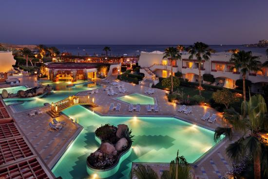 Sharm El Sheikh Marriott Resort: Beach side pool
