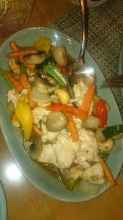 Doi Intanon Thai Restaurant: chicken stir fry
