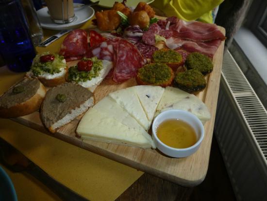 Osteria Caernarfon: Platter