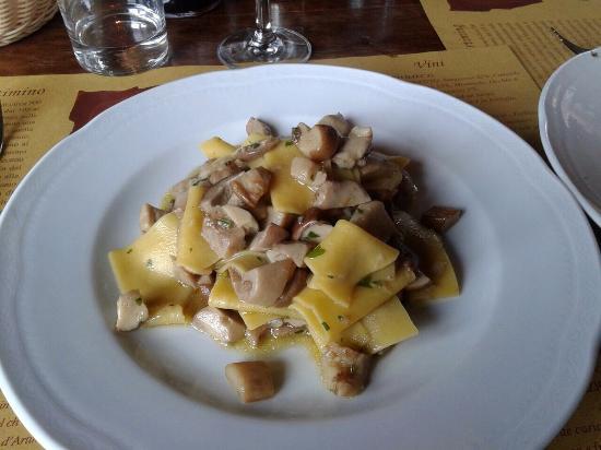 La Cantina del Redi: Straccetti di pasta con funghi porcini