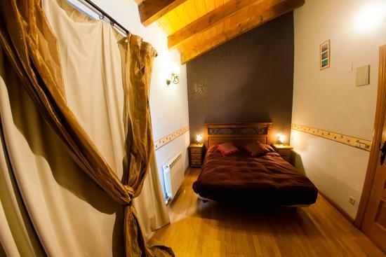 Casa rural armon a 4 habitaciones dobles con ba o - Banos con jacuzzi ...