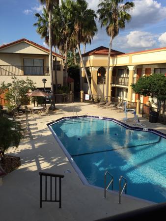 Best Western Orlando East Inn & Suites: Pool