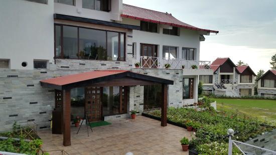 Koti Resort: Facade