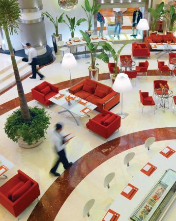 Four Seasons Hotel Cairo at Nile Plaza: Beymen Cafe