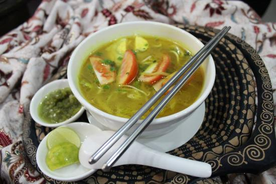 Great Indonesian Food In The Heart Of Yangon Makanan Enak Sekali