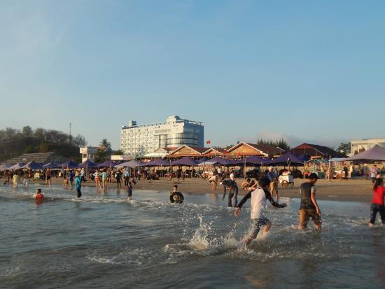Long Hai Beach : Публичный пляж