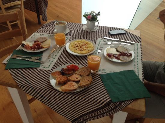 L'Avenc de Tavertet : Desayuno a la carta