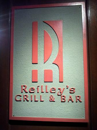 Reilley's Grill and Bar: logo at the entrance