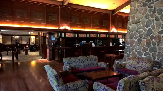 Bar area picture of disney 39 s sequoia lodge coupvray for Hotel sequoia lodge piscine