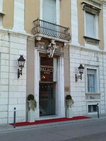 Grand Hotel Palace -- Ancona: arrivo in hotel