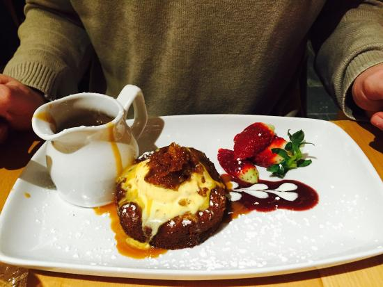 The Harbour Inn: sticky toffee pudding
